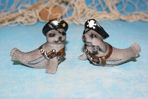 Seehund Pirat klein